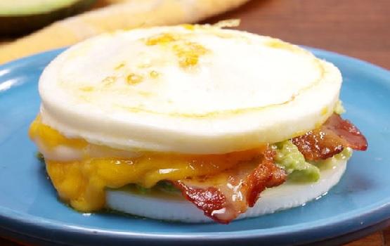 Śniadaniowa kanapka